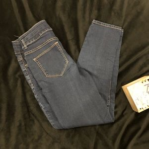 High Waist Denim Leggin.